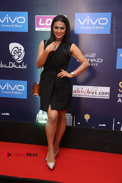 Actress Shraddha Srinath Stills in Black Short Dress at SIIMA Short Film Awards 2017  0010