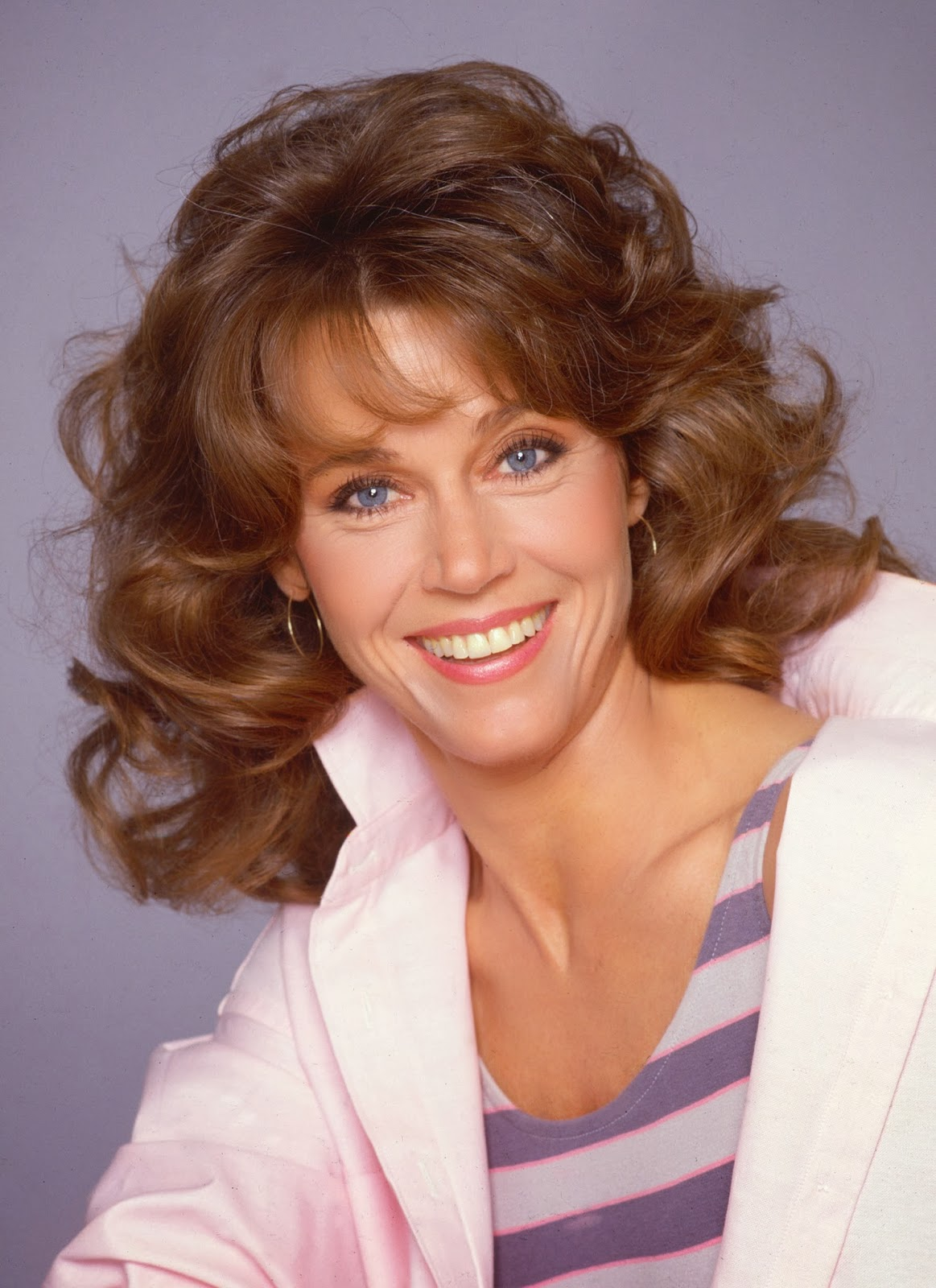 In Pictures Jane Fonda likewise Oscar Darkness Orangeness JhNDNnGz69AYM likewise Disneys Beauty And The Beast besides Nervo further Ballroom At The Ben. on facebook academy award