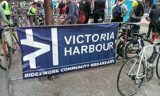 Free coffee, community breakfast and a sea of lycra