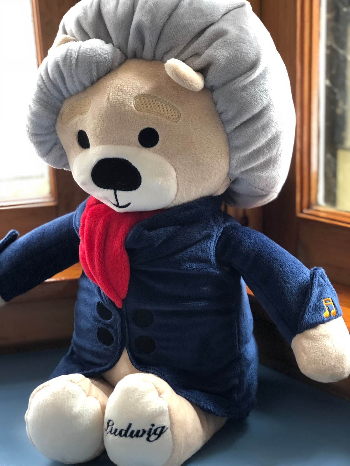 beaf70d43d5a GIVEAWAY VIRTUOSO PLUSH BEARS WITH CLASSICAL MUSIC RECORDINGS