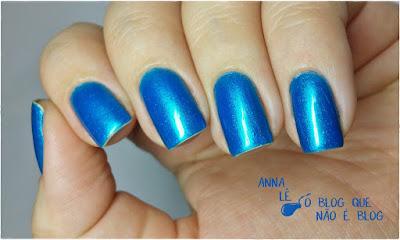 esmalte nailpolish azul cintilante