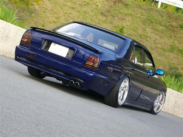 Nissan Cima Y32 V8 japońska limuzyna sedan klasa premium luksusowy komfortowy samochód