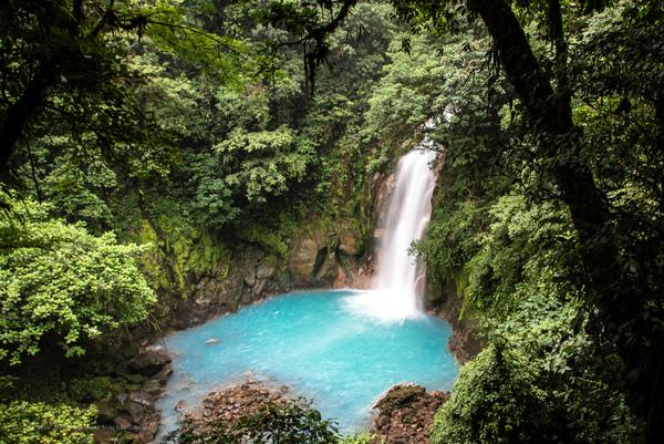 Cascada (Parque Nacional Volcán Tenorio, Costa Rica)