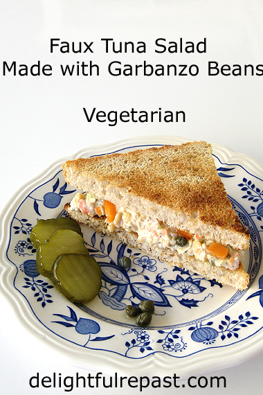 Faux Tuna Salad - Made with Garbanzo Beans - Vegetarian / www.delightfulrepast.com