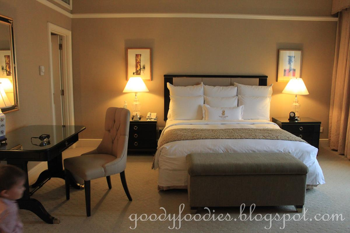 Goodyfoodies Hotel Review Executive Deluxe Room The Ritz Carlton Kl