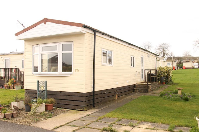 Harrogate Property News - 2 bed mobile/park home for sale Main Avenue, Shaws Trailer Park, Knaresborough Road HG2