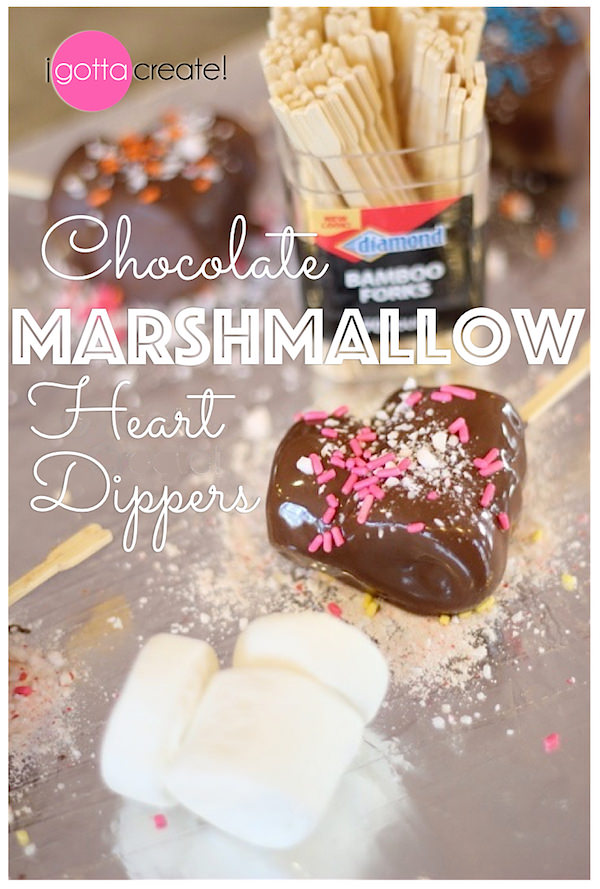Chocolate Marshmallow Heart Dippers. I heart for Valentines Day or a wedding! | Recipe at I Gotta Create!