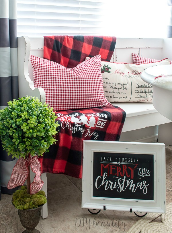 Christmas kitchen farmhouse style
