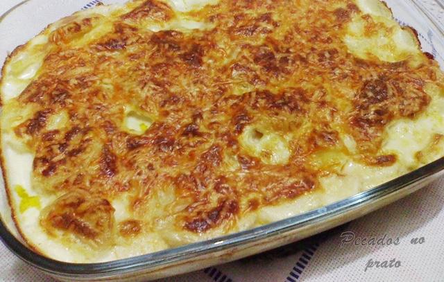 Receita de batatas gratinadas no forno