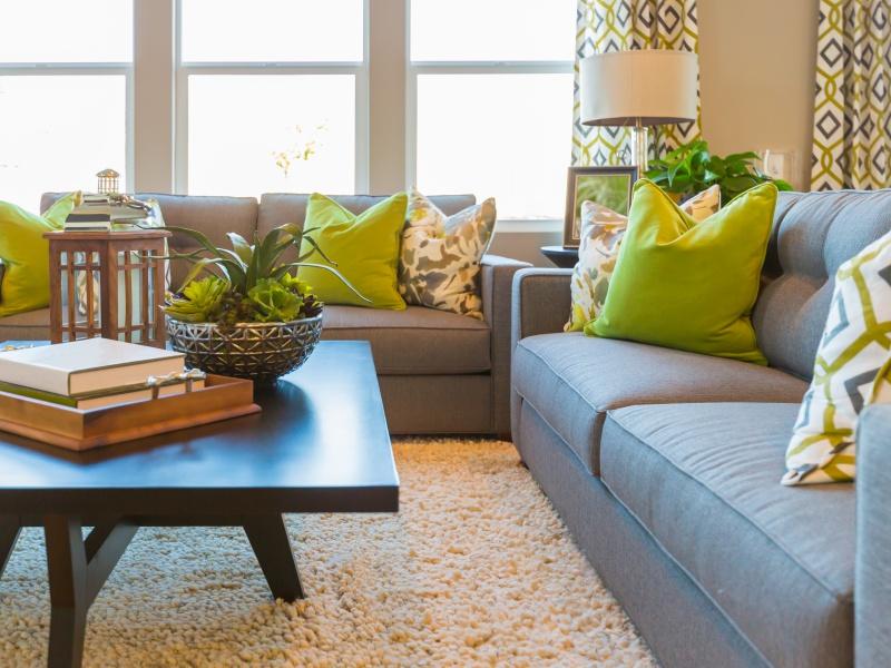 Poduszki Dekoracyjne Jak Udekorować Nimi Sofę Lub Kanapę
