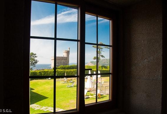 Detalle del Parador de baiona. La fortaleza frente al mar