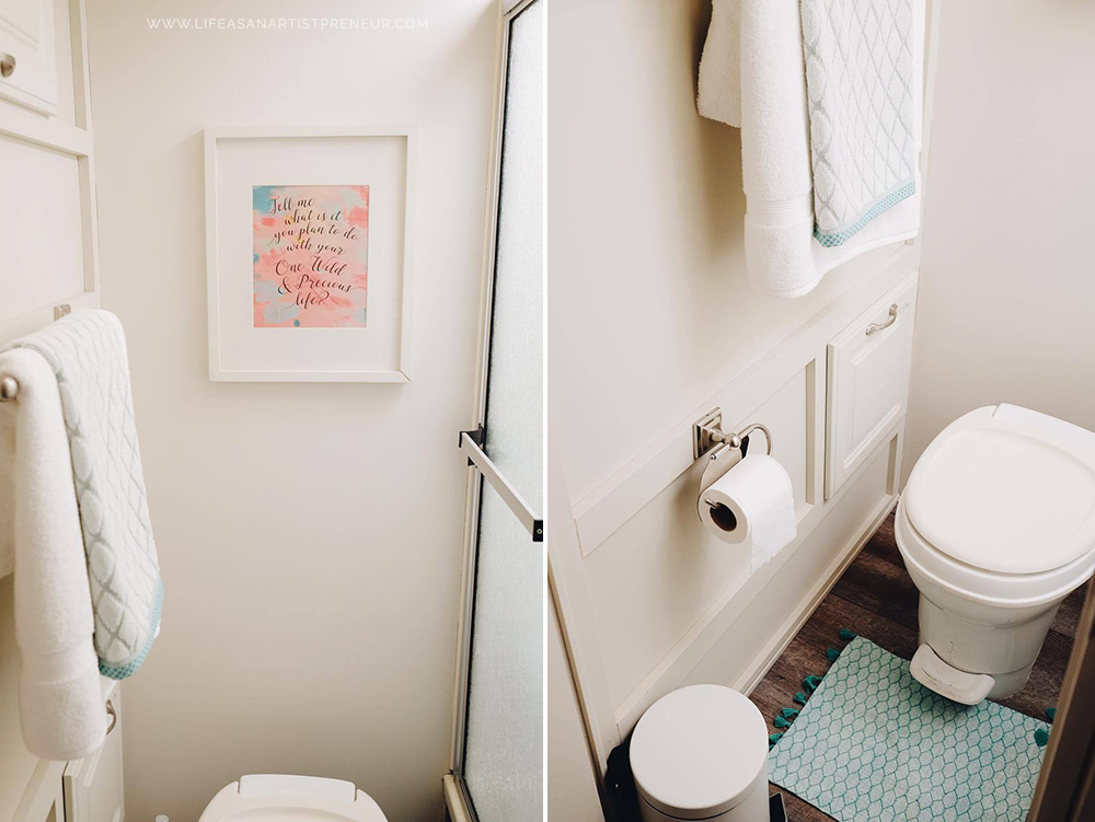 bathroom small space style