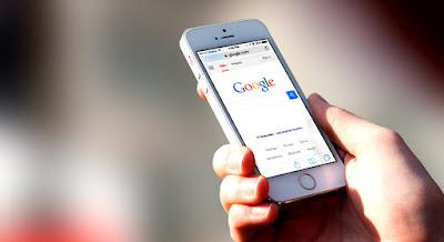 Tidak heran jika faktanya beragam merek smartphone dengan berani melakukan beragam inovasi terbaru untuk memungkinkan produknya mendapat perhatian dari pasaran. Pasar yang menjadi tujuan utama para brand smartphone itu pun terus disuguhkan dengan produk-produk menarik, yang mampu membuat mereka mabuk kepayang.  Terdapat beberapa fakta terbaru berkaitan dengan hadirnya smartphone di kehidupan manusia saat ini, yang diraih berkat riset dari Pew Research Center yang dilakukan di Amerika. Apa saja itu?