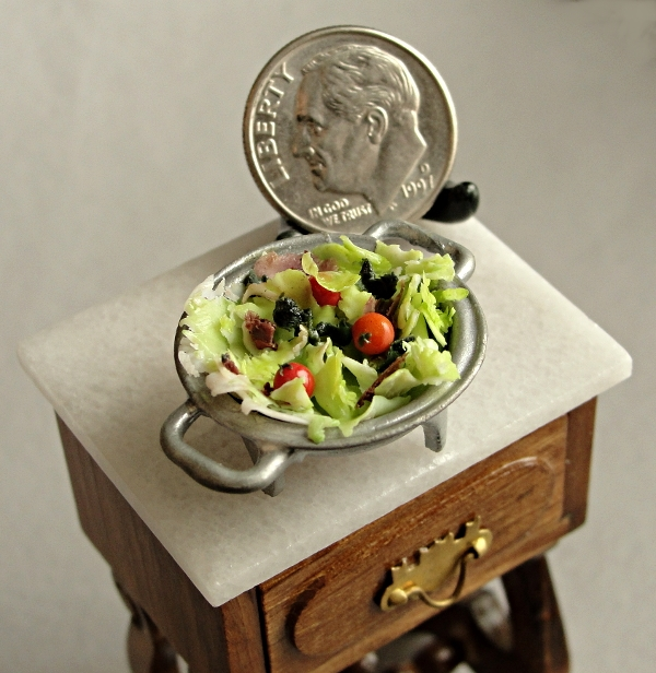 22-Mixed-Salad-Kim-Clough-fairchildart-Dolls-House-Miniature-Clay-Food-Art-www-designstack-co