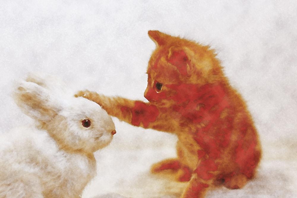 水彩画の猫とウサギ