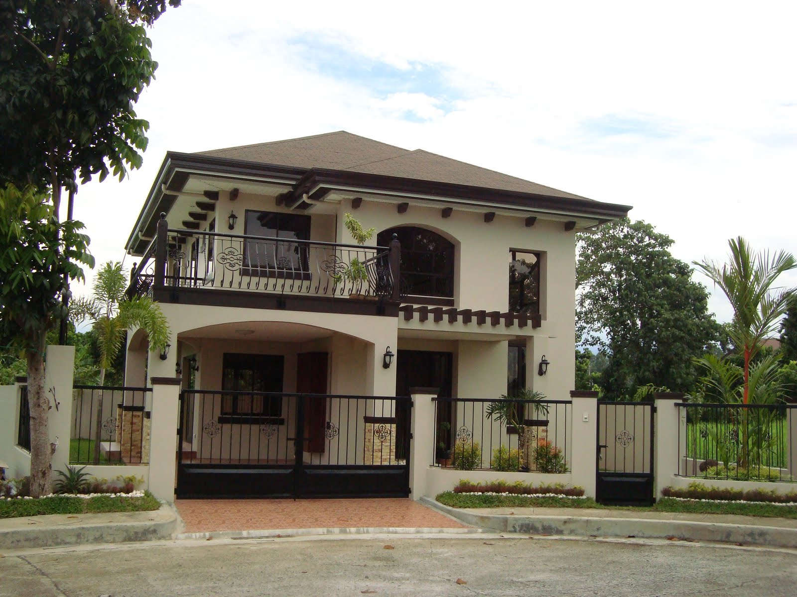 Modern contemporary house designs philippines iloilo simple 2 storey - House Designs In The Philippines In Iloilo By Erecre Group Realty