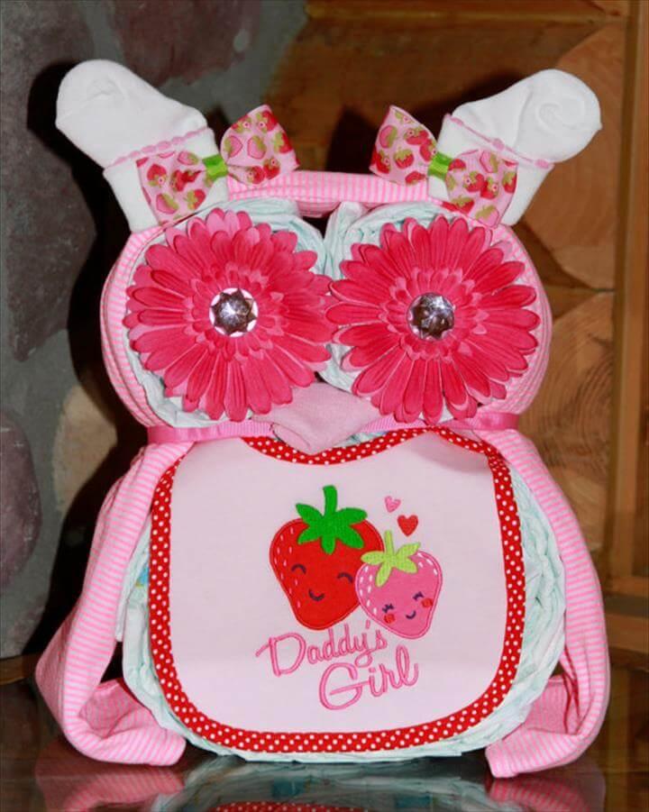 bolo de fraldas-bolo de cha de bebe-bolo fralda-modelos de fraldas-decoracao cha de bebe-bolos decorados cha- fralda-cha de bebe-pacote de fralda-gravidez-gestação-maternidade-recem-nascido-bebê recém nascido-baby diaper cake-baby diaper diaper