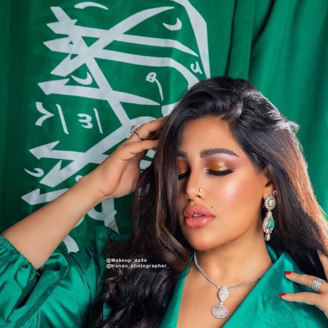 بفستان شفاف وجرىء اعلامية سعودية على خطى رانيا يوسف