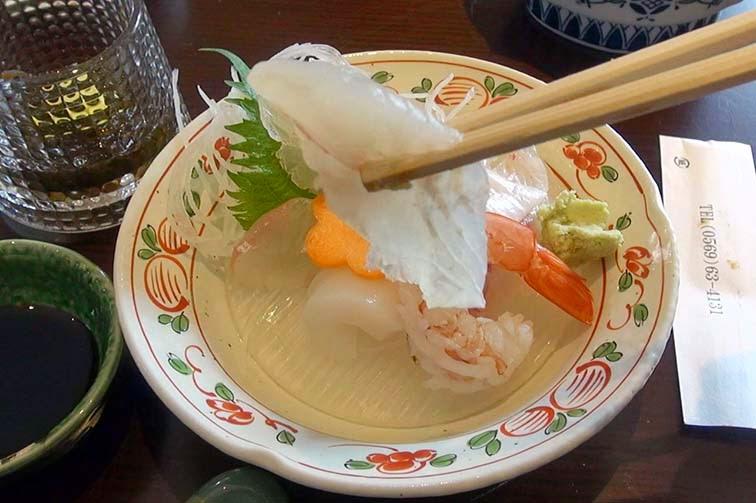 知多師崎丸誠ヒラメの刺身