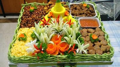 http://resepabu.blogspot.com/2016/11/resep-nasi-kuning-komplit-gurih.html
