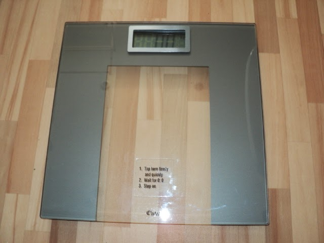 Science Buzz Weightwatchers Bathroom Scales Come With Misleading