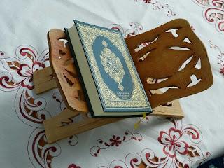 Cara Supaya Kita Bisa Berinteraksi dengan Al Quran