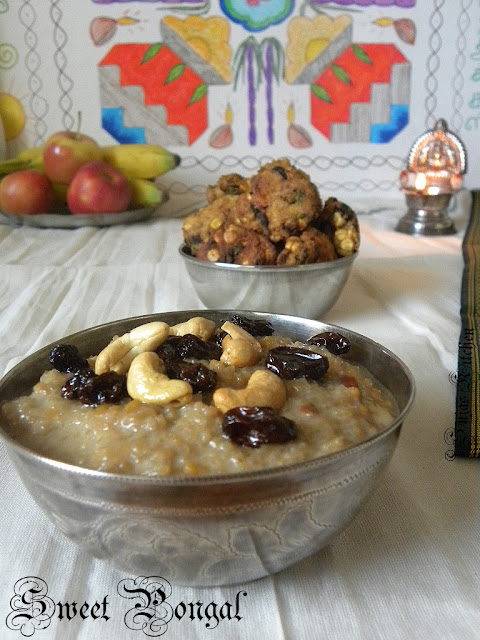 How to make Sakkarai/Sweet Pongal (Pressure Cooker Method)
