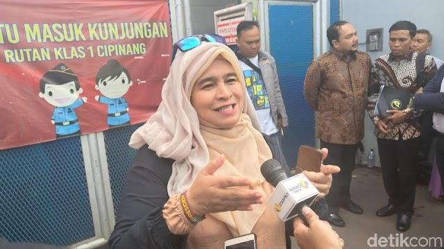 Soal Doa Neno Warisman, Prabowo-Sandiaga Didesak Segera Minta Maaf. Respon BPN Tak Terduga!