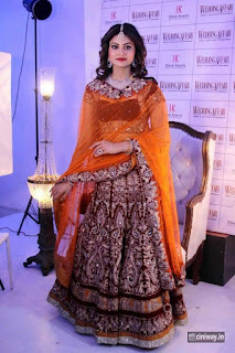 Urvashi-Rautela-shoots-for-wedding-affair-in-Mumbai