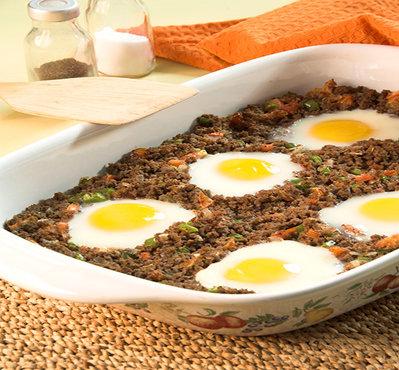 بيض عيون باللحم - مطبخ منال العالم