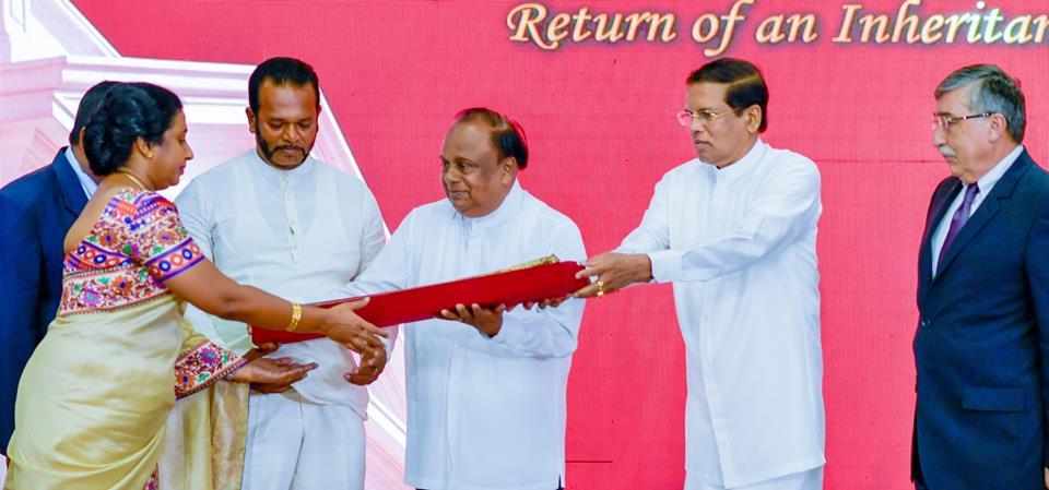 "President Maithripala Sirisena Handed Over ""Kastane"" To National Museum 7"