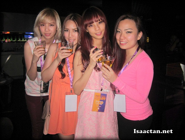 Some of the hottest female bloggers were in town for XPLAY 2012