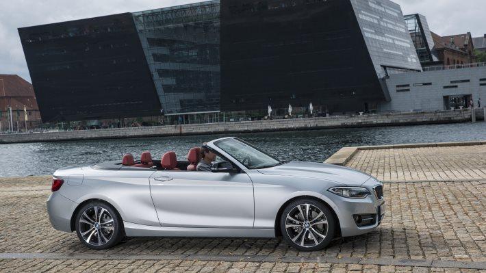 Wallpaper 2: New BMW 2 Series Convertible