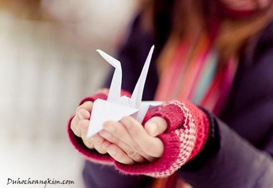Hạc giấy biểu tượng cho hòa bình