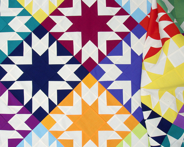 Memories Quilt in Aruba - Oakshott Colourshott | Red Pepper Quilts 2015