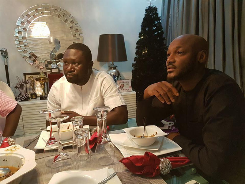 Photos: 2baba flexes Warri billionaire Ayiri Emami at his home