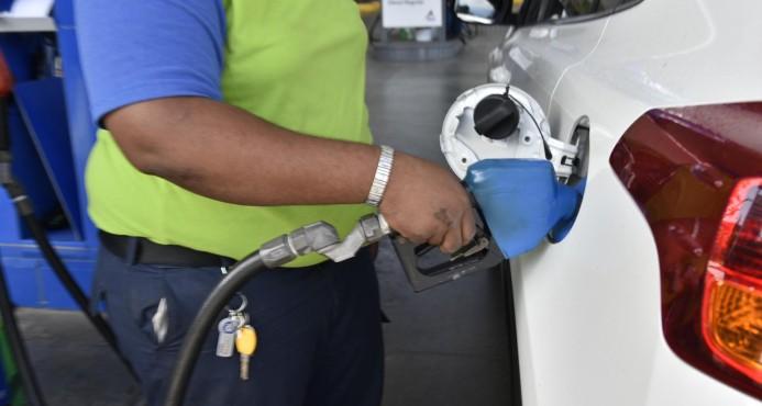 Todos los combustibles suben entre $1.75 y $3.71 a partir del sábado