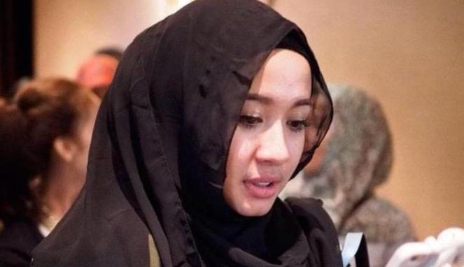 """Artis Laudya Cynthia Bella Lepas Hijab di Film Terbarunya """"KAKAK"""""""