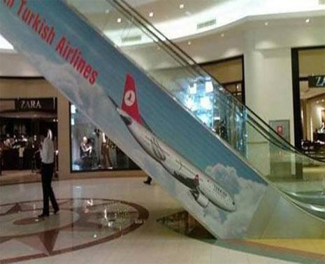 de publicidade, pessoa, escada. rolante, avião