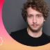 #Entrevista | Bruno Sigrist fala de carreira e da peça 'A Porta da Frente'