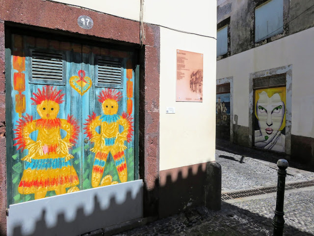 Weekend in Madeira: Painted Doors Project in Old Town Funchal