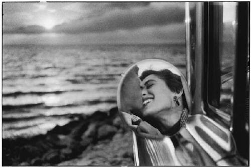 Elliott Erwitt, Santa Monica, California, 1955