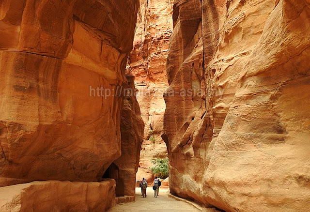 Gorge in Petra