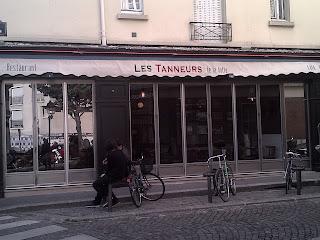 Brasserie les tanneurs place principale de la  Buttes-aux-Cailles