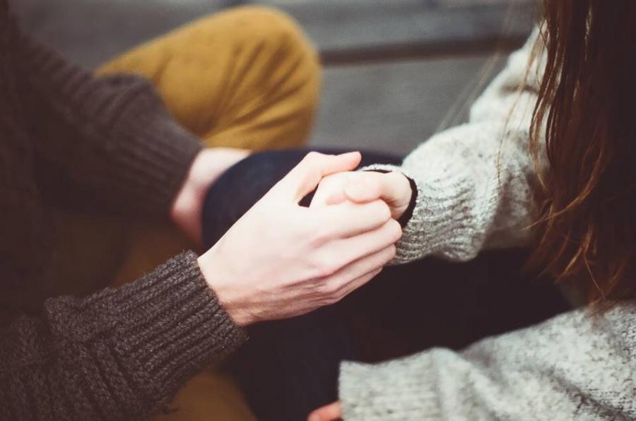 Khi yêu, đàn ông SỢ HÃI điều mà phụ nữ không bao giờ tưởng tượng đến