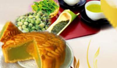 Bánh trung thu Bibica - Hạt sen trà xanh 1 trứng