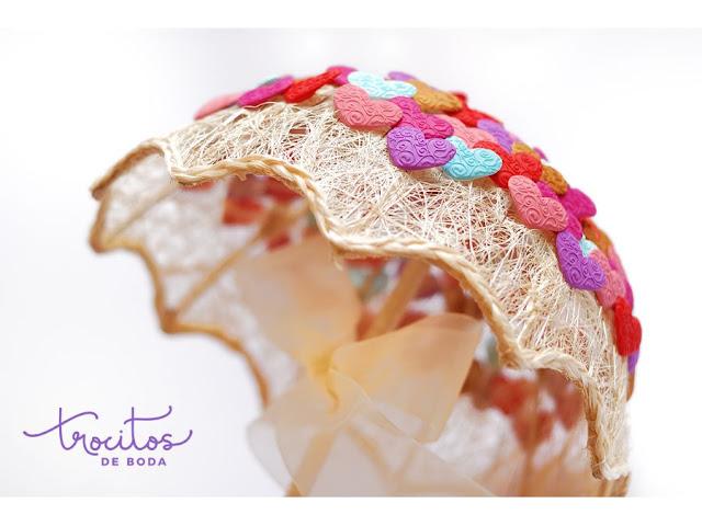 Paraguas portaalfileres bouquet para alfileres de boda con alfileres de boda modelo India - Trocitos de boda