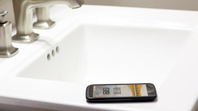 4 Masalah Kesehatan Yang Muncul Karena Berlebihan Menggunakan Ponsel