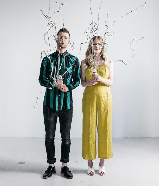 """Duo à la ville comme à la scène, Bora York sort son troisième album, """"Emotion Vertigo""""."""
