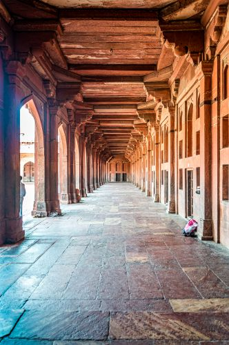 Pillared Corridors inside Buland Darwaza